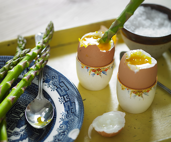 Shiny happy yolk? Don't underestimate the power of natural light in food photography