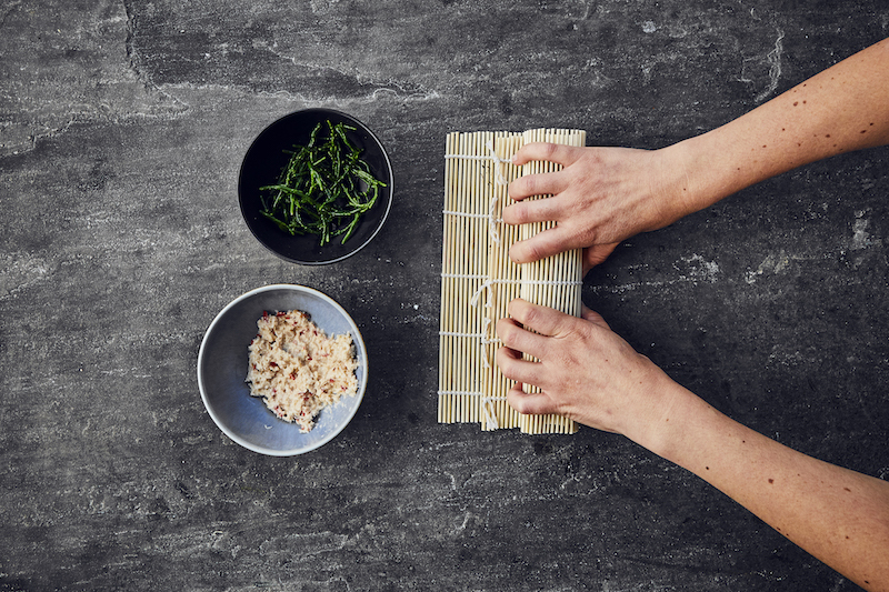 How-to-make-sushi-step-by-step